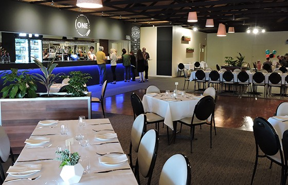 lyndoch-hotel-the-ONE-on-Gilbert-restaurant-dining